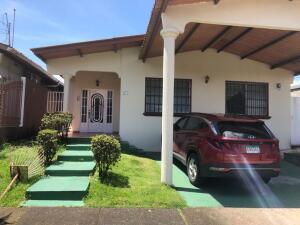 Casa En Ventaen Panama, Brisas Del Golf, Panama, PA RAH: 22-2156