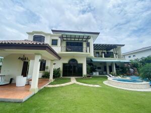 Casa En Ventaen Panama, Santa Maria, Panama, PA RAH: 22-2165