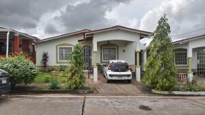 Casa En Ventaen La Chorrera, Chorrera, Panama, PA RAH: 22-2597