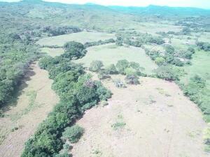 Terreno En Ventaen Cocle, Cocle, Panama, PA RAH: 22-2894