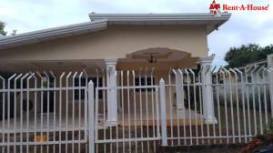Casa En Alquileren Chitré, Chitré, Panama, PA RAH: 22-2715