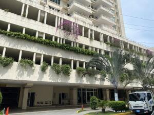 Apartamento En Alquileren Panama, Obarrio, Panama, PA RAH: 22-2867