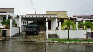 Casa En Ventaen Panama, Las Cumbres, Panama, PA RAH: 22-2928