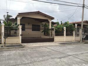 Casa En Ventaen Panama, Brisas Del Golf, Panama, PA RAH: 22-3016