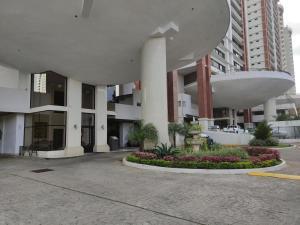 Apartamento En Ventaen Panama, San Francisco, Panama, PA RAH: 22-3020