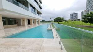 Apartamento En Ventaen Panama, Santa Maria, Panama, PA RAH: 22-3037