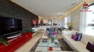 Apartamento En Ventaen Panama, Santa Maria, Panama, PA RAH: 22-3055