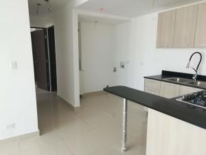 Apartamento En Ventaen Panama, Condado Del Rey, Panama, PA RAH: 22-3117