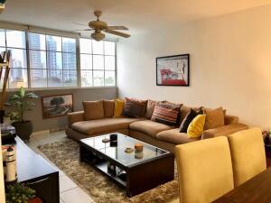 Apartamento En Ventaen Panama, San Francisco, Panama, PA RAH: 22-3125