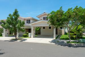 Casa En Ventaen Panama, Panama Pacifico, Panama, PA RAH: 22-3170