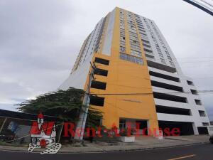 Apartamento En Ventaen Panama, Carrasquilla, Panama, PA RAH: 22-3200