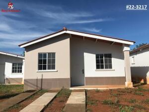 Casa En Alquileren Chitré, Chitré, Panama, PA RAH: 22-3217