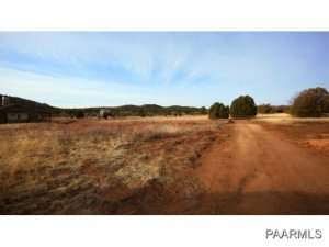 Photo of 1953 W Shadow Valley Drive, Prescott, AZ a vacant land listing for 1.01 acres