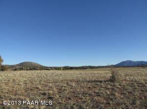 Photo of 5130 W Vengeance, Prescott, AZ a vacant land listing for 1.01 acres