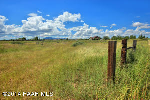 Photo of 0 W Road 2 North, Chino Valley, AZ a vacant land listing for 4.99 acres