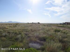 Photo of 0 E Lodestone, Prescott Valley, AZ a vacant land listing for 2 acres