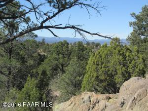 Photo of 12320 W El Capitan Drive, Prescott, AZ a vacant land listing for 1.01 acres