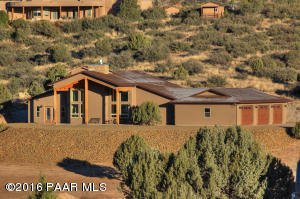 Photo of 4898 W Stazenski Road, Prescott, AZ a single family home around 2200 Sq Ft., 3 Beds, 2 Baths