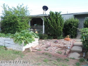 Photo of 8883 E Roadrunner Drive, Prescott Valley, AZ a single family manufactured home around 1400 Sq Ft., 2 Beds, 2 Baths