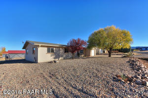 Photo of 2775 N Indian Wells Drive, Prescott Valley, AZ a single family home around 1500 Sq Ft., 3 Beds, 2 Baths