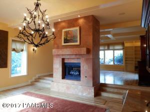 Photo of 690 Woodridge Lane, Prescott, AZ a single family home around 4600 Sq Ft., 4 Beds, 5 Baths