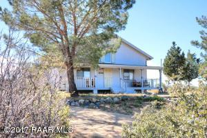 Photo of 9380 S Donald Trail, Wilhoit, AZ a single family home around 1300 Sq Ft., 1 Bed, 2 Baths