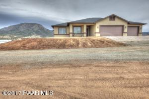 Photo of 14382 Territory Drive, Prescott Valley, AZ a single family home around 2800 Sq Ft., 4 Beds, 4 Baths