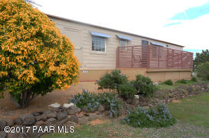 Photo of 20906 E Cactus Wren Drive, Mayer, AZ a single family manufactured home around 1000 Sq Ft., 3 Beds, 2 Baths