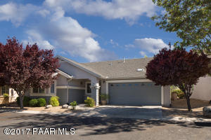 Photo of 1645 St Andrews Way, Prescott, AZ a single family home around 1400 Sq Ft., 2 Beds, 2 Baths