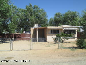 Photo of 1529 Copper Drive, Chino Valley, AZ a single family manufactured home around 600 Sq Ft., 3 Beds, 1 Bath