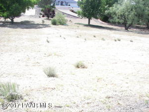 Photo of 596 N Apache Drive, Dewey, AZ a vacant land listing for 0.32 acres