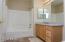 ~Full Bathroom~