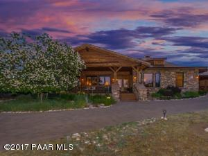 Photo of 14580 N Pauls Spur Drive, Prescott, AZ a single family home around 3300 Sq Ft., 3 Beds, 3 Baths