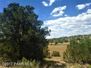 Photo of 57654 N Mesa Parkway, Seligman, AZ a vacant land listing for 1.82 acres