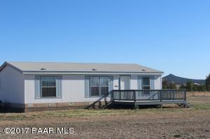 Photo of 25845 N Big Springs Ranch Road, Paulden, AZ a single family manufactured home around 1200 Sq Ft., 3 Beds, 2 Baths
