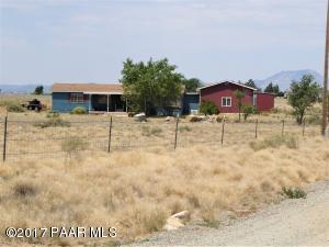 Photo of 8575 E Morning Star Ranch Road, Prescott Valley, AZ a single family manufactured home around 1500 Sq Ft., 3 Beds, 3 Baths
