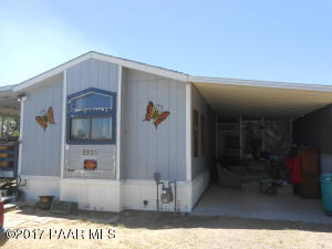 Photo of 1915 Susan Street, Chino Valley, AZ a single family manufactured home around 900 Sq Ft., 2 Beds, 2 Baths