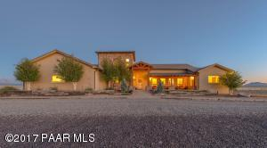 Photo of 5405 E Haystack Road, Chino Valley, AZ a single family home around 4100 Sq Ft., 4 Beds, 4 Baths