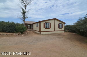 Photo of 520 S Orme Road, Dewey, AZ a single family manufactured home around 2000 Sq Ft., 4 Beds, 2 Baths
