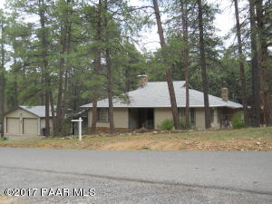 Photo of 1471 S Oak Knoll Drive, Prescott, AZ a single family home around 2300 Sq Ft., 3 Beds, 2 Baths