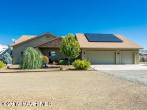 Photo of 9220 E Circling Hawk Road, Prescott Valley, AZ a single family home around 2300 Sq Ft., 3 Beds, 2 Baths