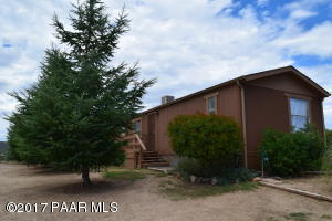 Photo of 6670 S Windmill Road, Skull Valley, AZ a single family manufactured home around 1200 Sq Ft., 3 Beds, 2 Baths
