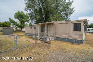 Photo of 7816 E Broken Wagon Way, Prescott Valley, AZ a single family manufactured home around 800 Sq Ft., 2 Beds, 1 Bath