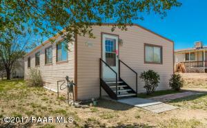 Photo of 1835 Susan Street, Chino Valley, AZ a single family manufactured home around 1200 Sq Ft., 3 Beds, 2 Baths