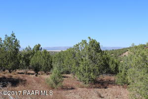 Photo of 3925 W Cedar Heights Road, Chino Valley, AZ a vacant land listing for 5.02 acres