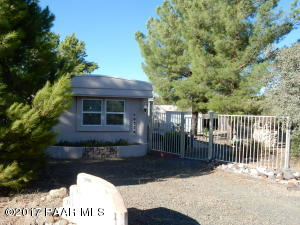 Photo of 20570 E Larry Lane, Mayer, AZ a single family manufactured home around 1000 Sq Ft., 3 Beds, 2 Baths