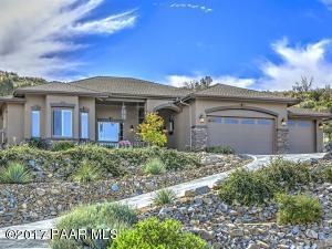 Photo of 1076 N Cloud Cliff Pass, Prescott Valley, AZ a single family home around 2600 Sq Ft., 3 Beds, 3 Baths