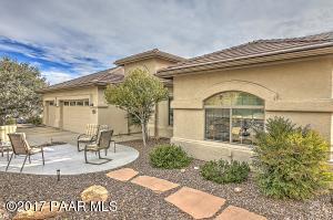 Photo of 725 Peppermint Way, Prescott, AZ a single family home around 1900 Sq Ft., 3 Beds, 2 Baths