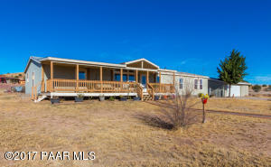 Photo of 2820 N Sioux Drive, Chino Valley, AZ a single family manufactured home around 2400 Sq Ft., 4 Beds, 2 Baths