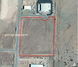 Photo of 2607 Centerforce Drive, Prescott, AZ a vacant land listing for 6 acres